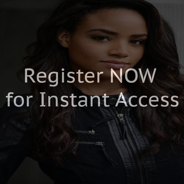 Open chat rooms without registration